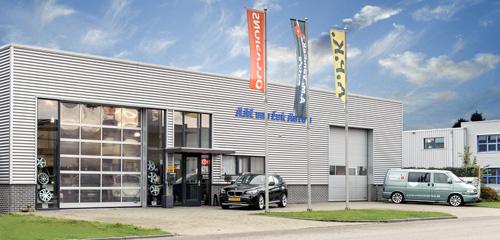 Van Eek Auto's - Vaassen